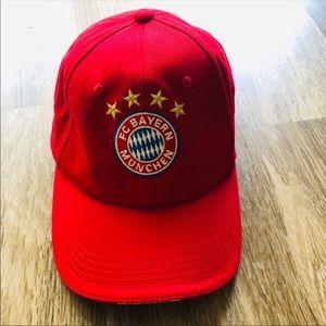 Red german hat 🇩🇪